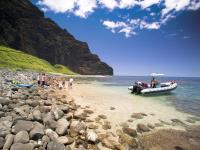 Captain Andy's - Na Pali Snorkel and Picnic Rafting Expedition